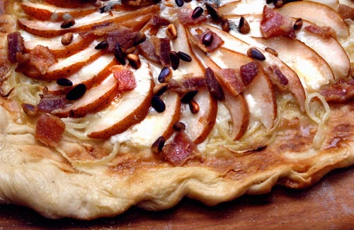 Pear, Bacon and Gorganzola Pizza