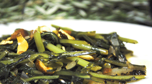 Dandelion Greens with Balsamic Vinegar and Almonds