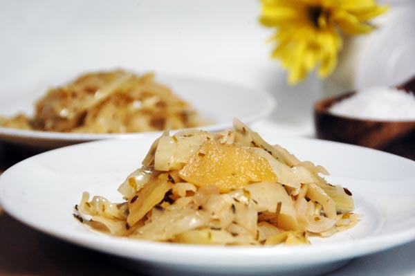 Braised Cabbage with Apples, Onions and Caraway